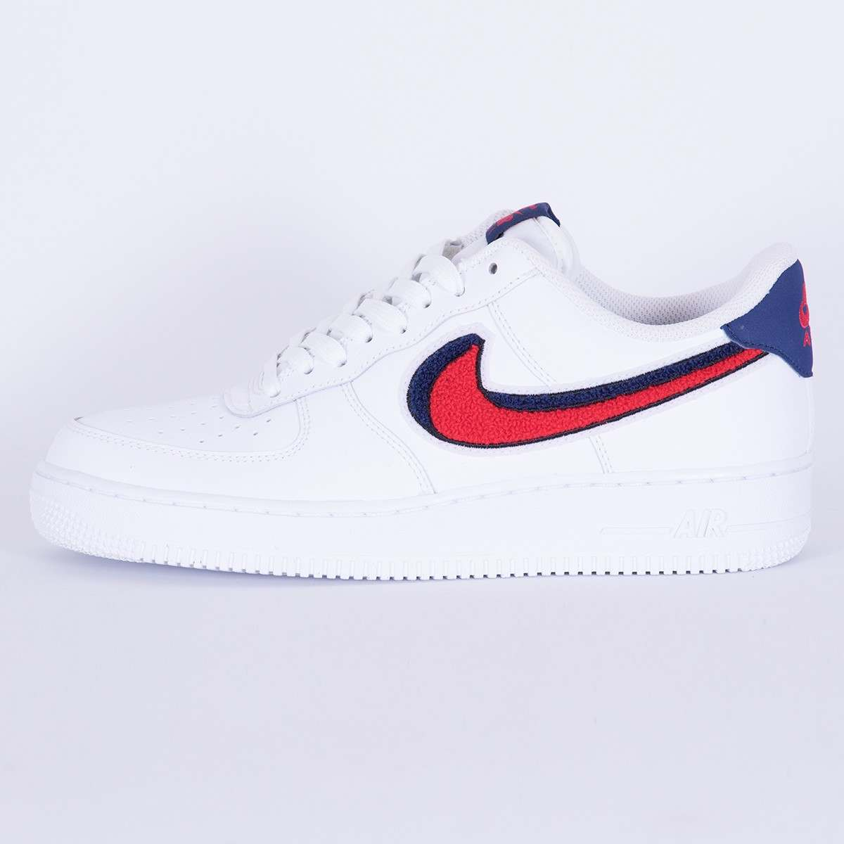 Nike Air Force 1 '07 LV8 WhiteUniversity Red